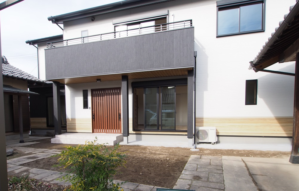 K様邸(ゼロエネ2世帯住宅) 横イメージ01